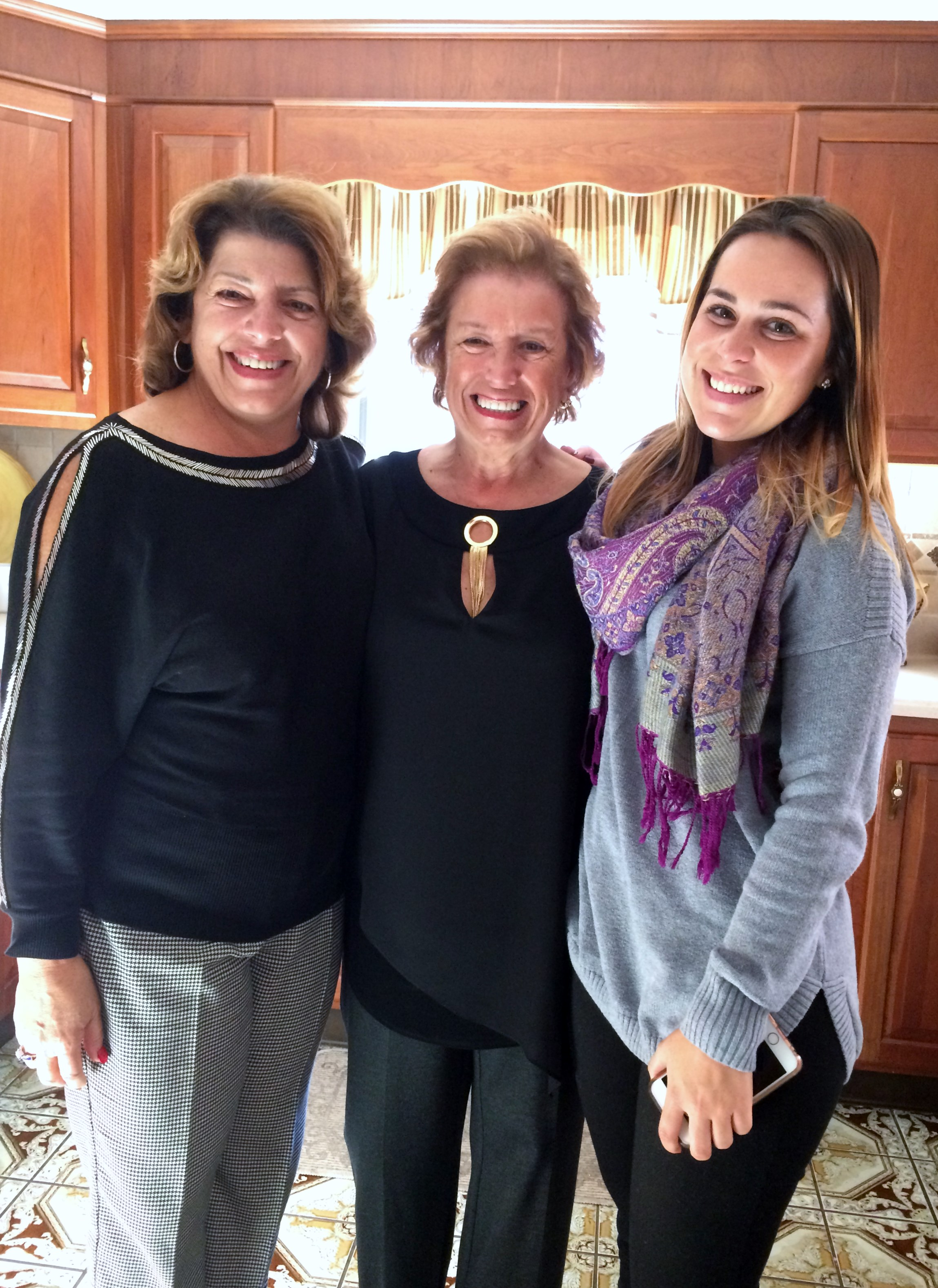 Aunt Alda, Aunt Hilda and Amber at Aunt Hilda's house following the anniversary Mass for Vovo, Vuvu, Uncle Manny and Cousin John; November 2016